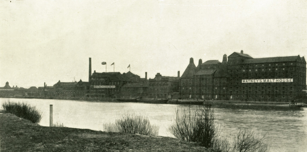 Mortlake brewery from the Middlesex side of the river in 1931